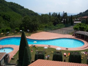 piscina-hotel-marrani
